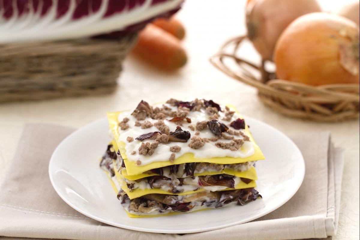 Ricetta lasagne al radicchio e montasio la ricetta di giallozafferano