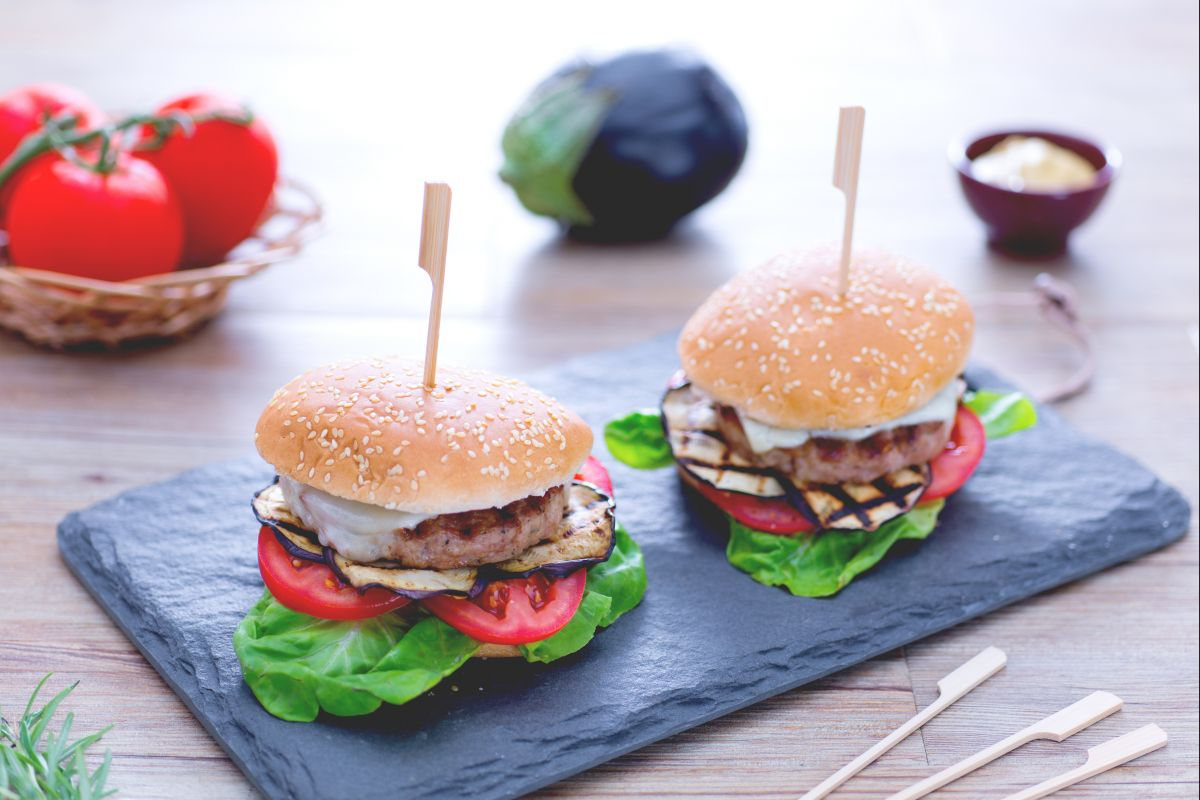 Ricetta Hamburger Fatti In Casa Giallozafferano.Ricetta Hamburger Di Tacchino La Ricetta Di Giallozafferano