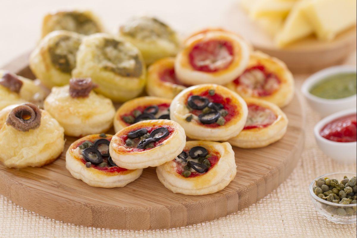 Ricetta pizzette di sfoglia la ricetta di giallozafferano