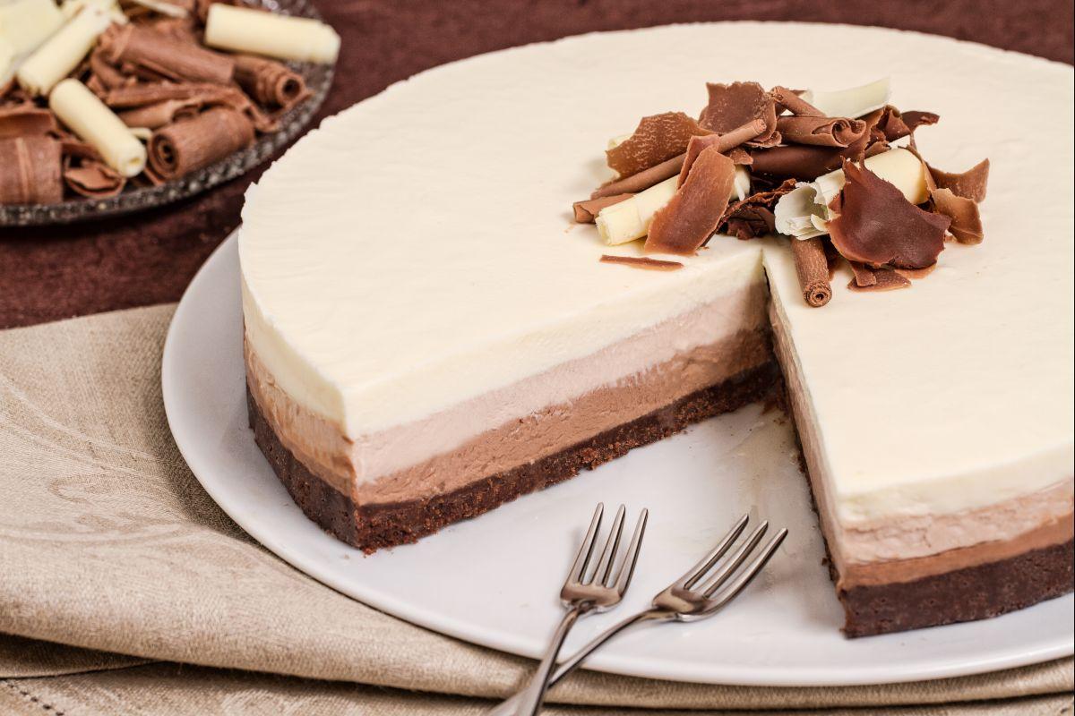Ricetta Cheesecake Al Triplo Cioccolato La Ricetta Di Giallozafferano