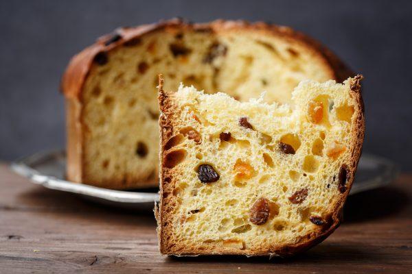 Il panettone è un dolce che richiede una lunghissima lavorazione © Fotolia