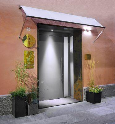 L'esterno del ristorante di Massimo Bottura nel cuore di Modena © Paolo Terzi