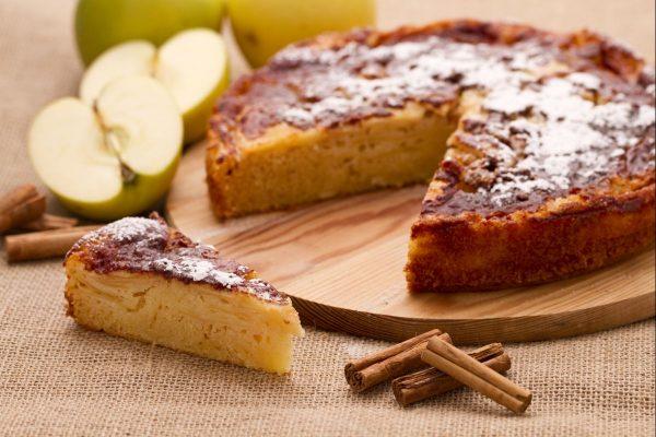 Torta di mele rustica © Giallo Zafferano