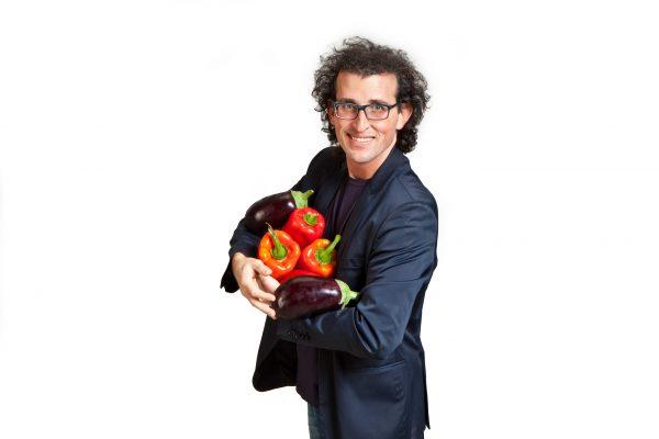 """Andrea Graziano è l'ideatore e proprietario di FUD, la """"Bottega sicula"""" con panini, hamburger e specialità 100% made in Sicilia © FUD Bottega Sicula"""