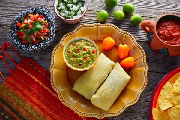 I Tamales sono un antico piatto messicano a base di mais, carne, spezie e formaggio che si metteva sugli altari in omaggio ai defunti il Giorno dei Morti © Fotolia