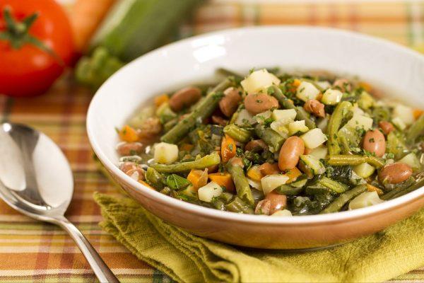 Il Black Lime può essere usato per insaporire zuppe di verdure e legumi © Giallo Zafferanno