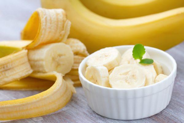 La banana è un frutto ricco di magnesio e potassio © Fotolia